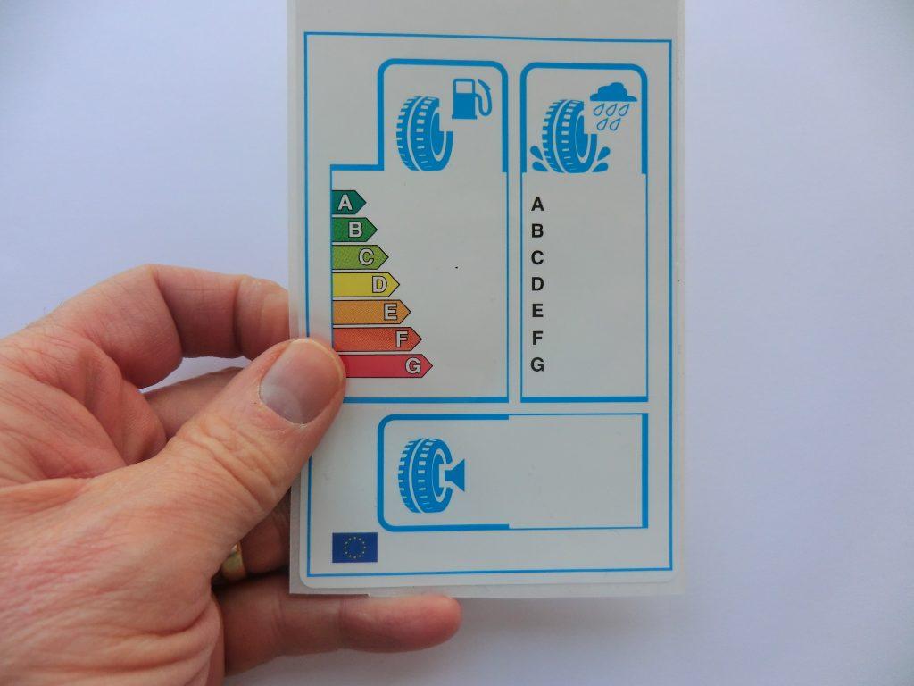 Colour labels